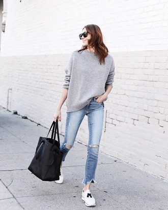 sweater grey sweater blue jeans sneakers white sneakers sunglasses bag tote bag jeans denim