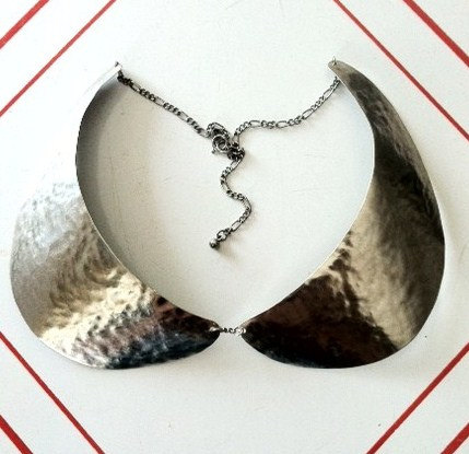 Steel peter pan collar bib necklace with rhodium par laurabusony