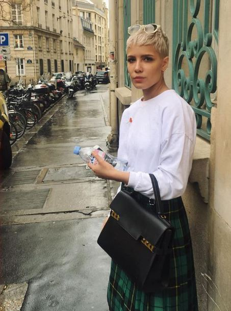 skirt top sweatshirt plaid white halsey instagram streetstyle sweater