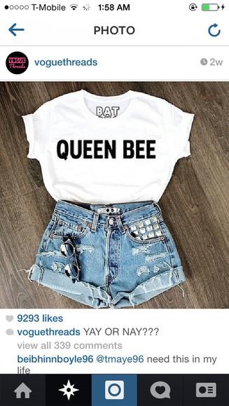 queen t-shirt white black letters queen bee