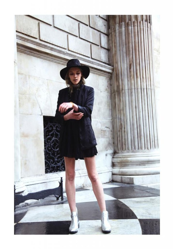 pony hunter blogger jacket jewels shoes dress hat