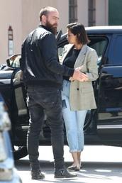 jeans,blue jeans,selena gomez,black slingbacks,check blazer