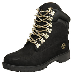 Universidad lección esconder  black boots, ankle boots, shoes, black, gold, winter outfits, boots,  timberlands, gold chain, black timberlands with gold chain, belt,  timberlands boots, gold chain, black timberlands, timberland, timberland  boots, black timberlands with gold,