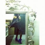 pants,mesh leggings,black leggings,blue heels,boots,batwing shirt,black top,shoes
