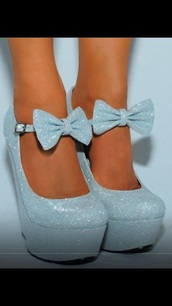 shoes,baby blue,light blue,blue heels,heels,mary janes,mary jane heels,strappy heels,sparkle,glitter heels,bow heels,platform high heels,platform heels,wedges,silver heels,silver,silver shoes,bow high heels,silver bow heels,heels color pumps wedges sexy,sparkly bow silver,light blue glittery shoes with a bow