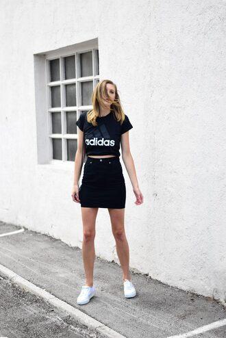 t-shirt tumblr adidas black t-shirt skirt mini skirt sneakers white sneakers low top sneakers denim denim skirt shoes