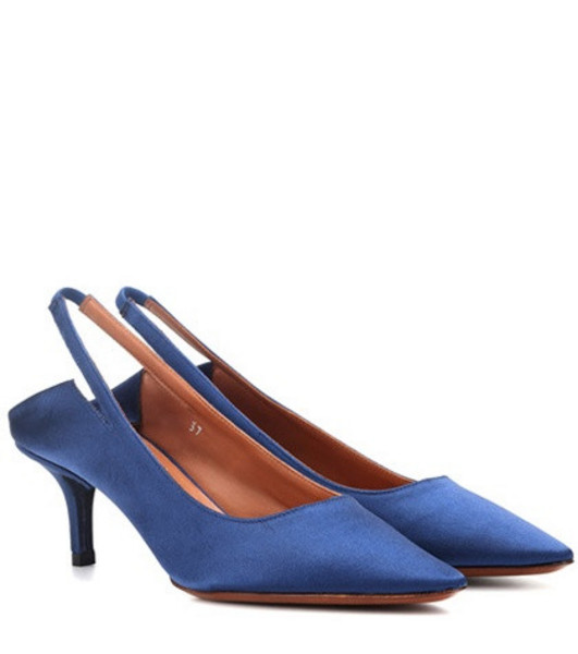 Vetements Slingback satin pumps in blue