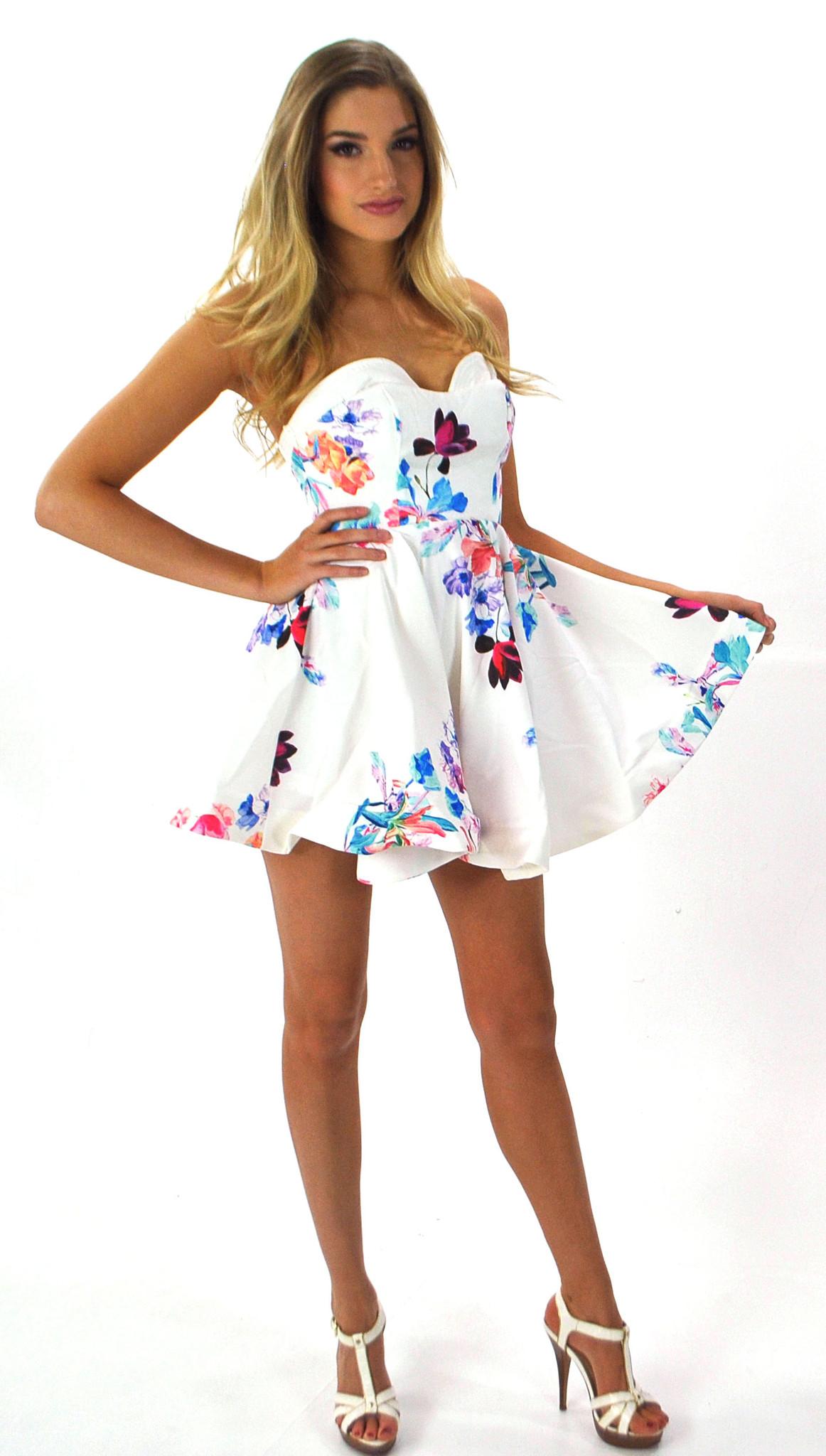 Light sabrina couture dress