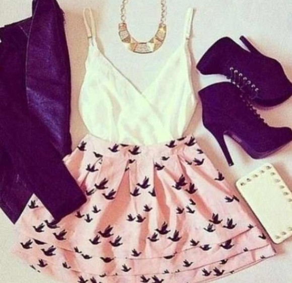 birds shirt blouse pink skirt dress bird print on bottom white top short shorts