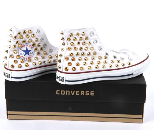 bb5e759f9573 Studded Converse AllStar chuck taylor high top GOLD Spike Stud ...