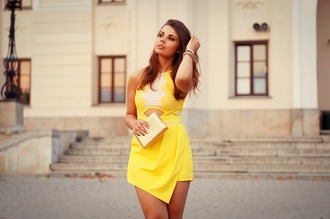 yellow dress jewels clutch blogger a piece of anna cut-out dress