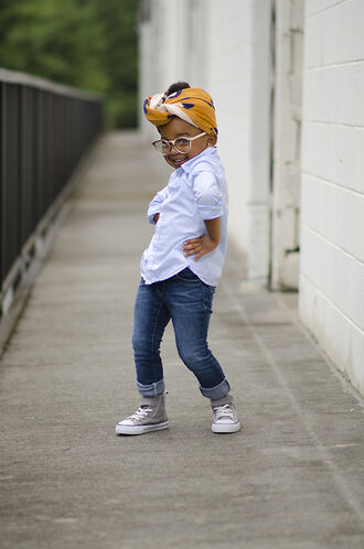 hair accessory girl cute hipster button up blouse jeans velcro grey converse glasses head wrap fashion kids fashion natural hair turban
