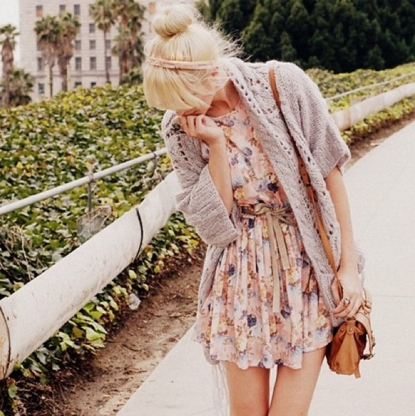 dress summer summer dress cute dress beige dress beige pink pink dress old pink pastel pink coat brown leather bag leather bag leather bag headband hair accessory hair accessory accessories womens accessories Accessory clothes sweater