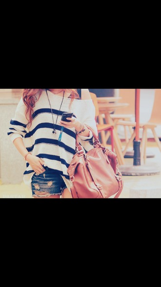 bag brown bag sweater shorts