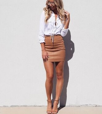 skirt tan brown pencils pencil skirt mini zip blouse leather short cute gorgeous beige skirt