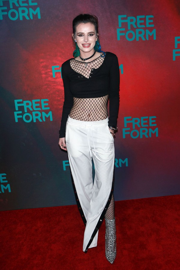 pants crop tops tights bella thorne top