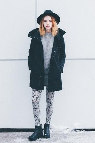 kristina magdalina blogger jacket tights sweater shoes