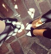 shoes,black/white heels,black pumps,white pumps,black and white pumps,high heels,black,white,black and white,black high heels,white high heels,nastygal,flats,pointed flats,flats version,cute,dressy