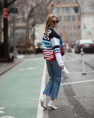 top sweatshirt printed top white boots sunglasses jeans denim blue jeans boots