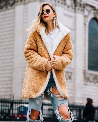 coat tumblr teddy bear coat fuzzy coat sunglasses denim jeans blue jeans ripped jeans top white top