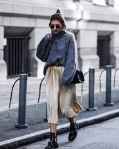 sweater,tumblr,grey sweater,turtleneck sweater,oversized turtleneck sweater,oversized sweater,oversized,belt,logo belt,gucci belt,skirt,midi skirt,metallic pleated skirt,pleated skirt,pleated,gold skirt,bag,boots,black boots,cut out ankle boots,ankle boots,flat boots,sunglasses