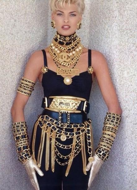 les éléments - Page 19 X25cou-l-610x610-belt-gold+chains+chanel+black-channel+black+gold+chain+sexy+cheapversion