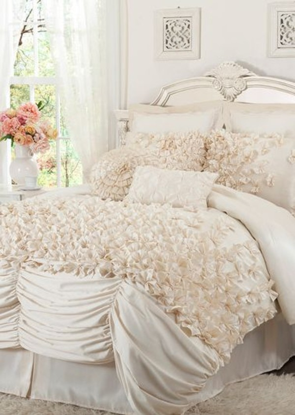 Overstock Bedroom Sets: L'Amour Eternel Lucia 4-piece Contemporary Comforter Set