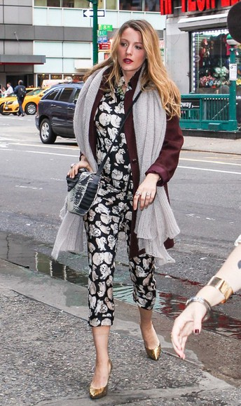 blake lively fall outfits top pants bag scarf
