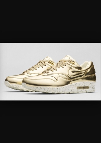 shoes gold sneacker nike air nike shoes air max sportswear