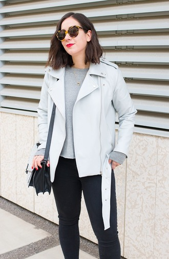 adventures in fashion blogger jacket sweater jeans shoes sunglasses bag jewels skinny jeans mini bag black bag shoulder bag grey top round sunglasses
