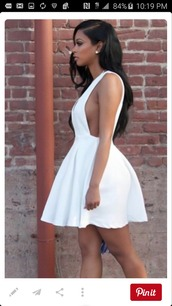 dress,white dress,low sided,short dress,white short dress,side boob,mini dress,midi skirt,peplum dress,sexy white dress,sexy dress,white,flow skirt,cute dress,party dress,flare