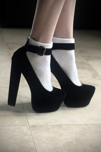 shoes black shoes black heels velvet black strap shoes straps thick heel high heels black  high heels pointed toe velvet shoes