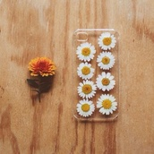 iphone case,iphone,cool,alaska,flowers,transparent,girly,tumblr,tumblr fashion,romantic,jewels,belt,daisy,phone cover,iphone 5 case,clear daisy iphone case,classy,pinterest,instagram,weheartit,cute