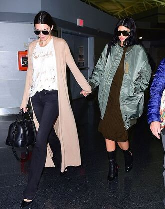 jacket dress cardigan knitwear boots kylie jenner kendall and kylie jenner kendall jenner shoes bomber jacket oversized