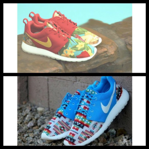 shoes red desig blue design sneakers nike roshe run