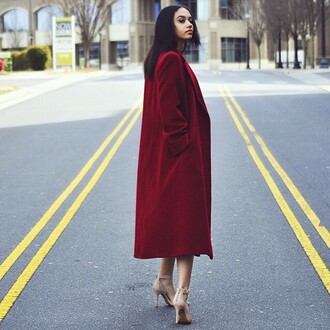 coat manteau rouge bordeaux red bordeau bordeaux red long jacket cardigan jacket long coat high heels black heels