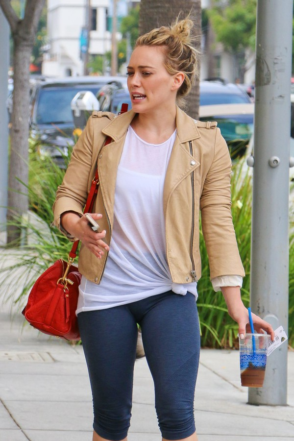 jacket hilary duff bag