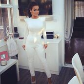 pants,strong shoulder,long sleeves,white jumpsuit,bag,shirt
