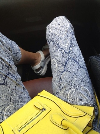pants paisley long pants pattern tumblr summer classy outfit cute baroque baroque set yellow bag cute outfits blue and white american apparel silk silk pants forever 21 harem harem pants light blue white pretty indie hipster love jeans blue blue pants tropical print pants satchel yellow shoes bag style cashmere