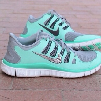 shoes nike glitter sparkles aqua sea green aquamarine running shoes fit just do it sneakers