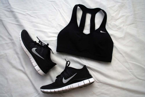 nike top fitness nike roshe run sportswear black