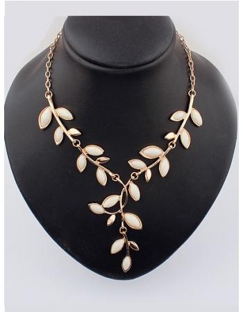 Leaves Shape Basic Style Fashion Necklace - MIXMOSS