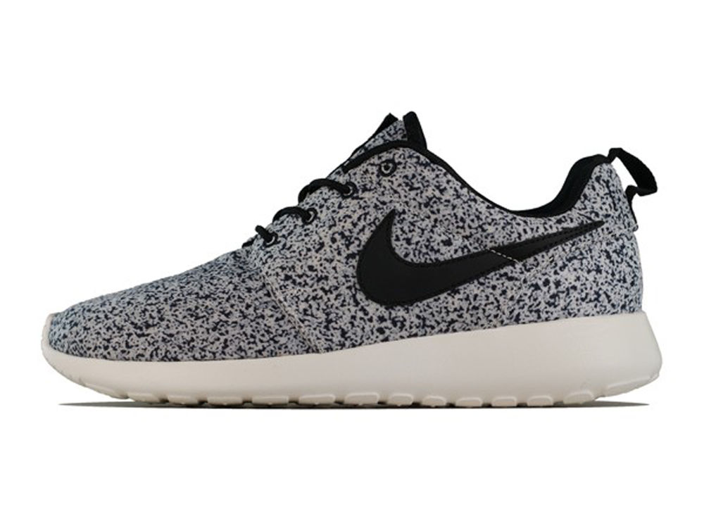 Nike WMNS Roshe RUN Print Black Light Running Rosherun FB Free S H AU Japan | eBay