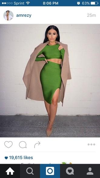 dress green fitted dress brown coat nude heels