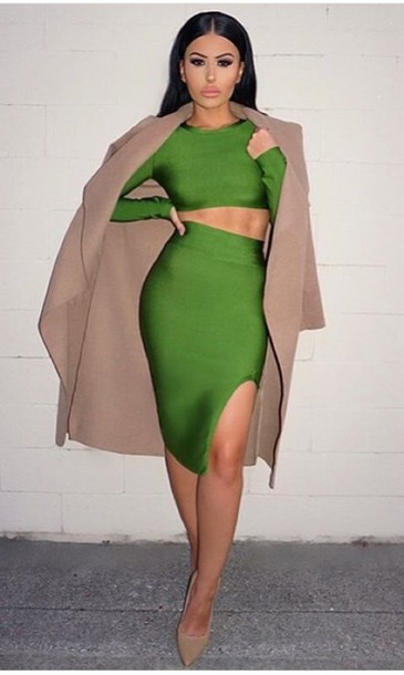 Dress: green fitted dress, brown coat, nude heels - Wheretoget