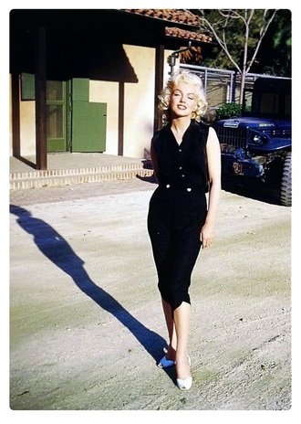 jumpsuit black jumpsuit white shoes marylin monroe pin up retro vintage heels sandals red lipstick
