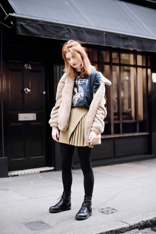 skirt tumblr mini skirt pleated pleated skirt nude skirt jacket teddy bear coat fuzzy jacket top tights opaque tights boots black boots biker boots dance skirt pretty skirt
