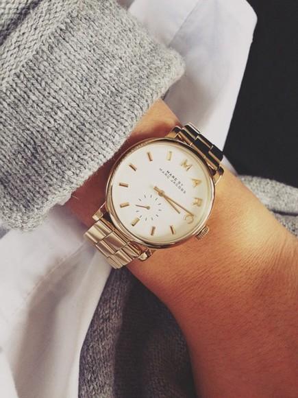 sweater jewels gold golden watch marc jacobs watch gold watch stylish jewelry