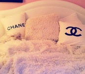 home accessory,chanel,chanel bag,chanel t-shirt,chanel iphone 6 6s case,pillow,pink