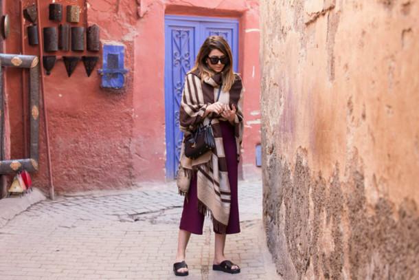 scent of obsession blogger birkenstocks blanket scarf poncho culottes